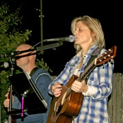 Debbie Liske 'Left It All Behind' (Acoustic Live Performance) with Mike Garrigan